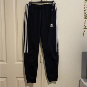 adidas three stripe sweatpants
